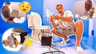 ELECTRIC TOILET SEAT PRANK (DON'T SIT DOWN)