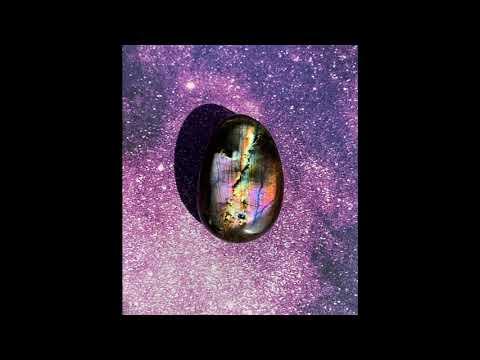Labradorite Palm Stone 50.1g 51mm x 33mm