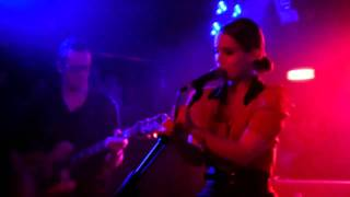Anna Calvi - First We Kiss live Liverpool O2 Academy 10-05-11