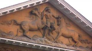preview picture of video 'The Royal Mews at Buckingham Palace - Time To Travel'