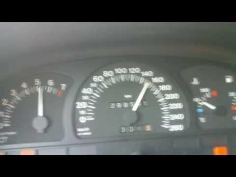 Die Kolben vom Dieselmotor auf das Benzin