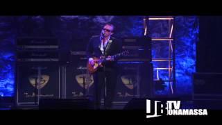 Joe Bonamassa - Midnight Blues Live at the Beacon Theatre