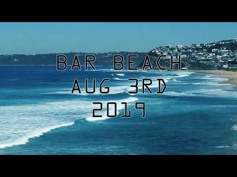 Fun waves and good surf at Bar Beach