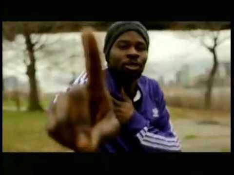 Hits de 2010 : K'NAAN feat. FEFE - Wavin Flag