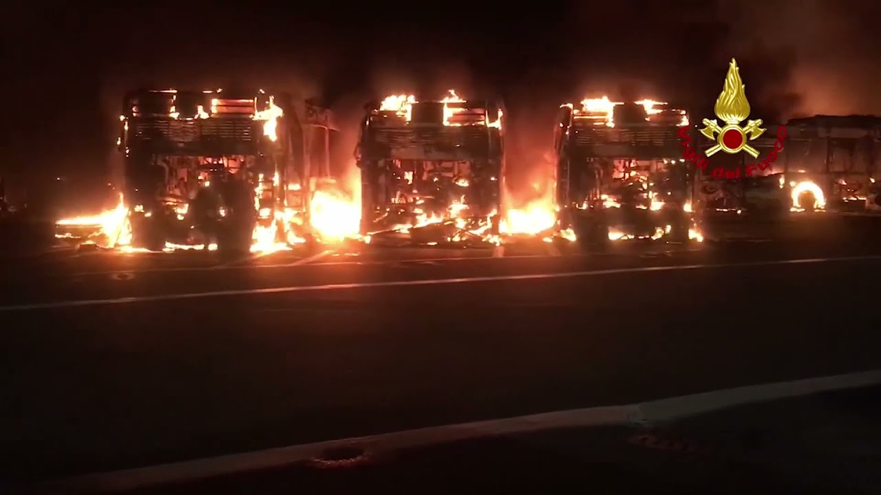 Incendio al deposito Atac