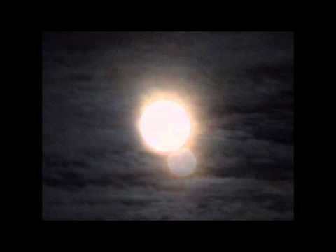Perigee Super Moon - Snow Luminos ™