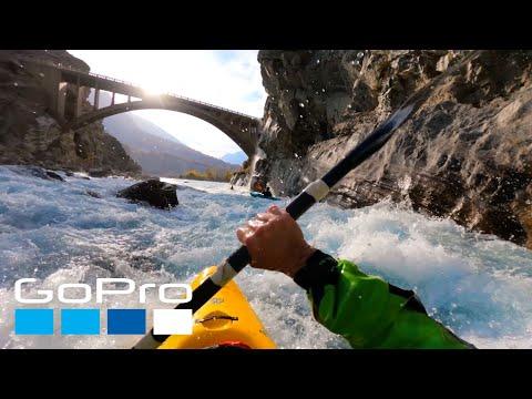 Kayaking the Indus River – An Exhilarating Ride!