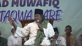 KH. AHMAD MUWAFIQ DI MASJID AT-TAQWA-PARE