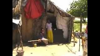 preview picture of video 'Poblado de refugiados somalíes Borana en Lamu, Kenia.'
