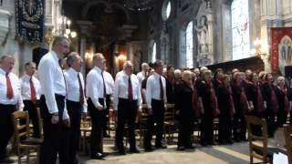 City Chorus sing 'Anthem' from the musical 'Chess'