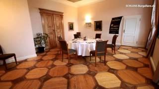 preview picture of video 'Hotel Schloss Burgellern - Schmetterlingszimmer'