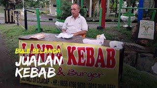Cerita Bule Asal Belanda Jualan Kebab di Cilacap, Cinta Indonesia dan Ingin Jadi WNI