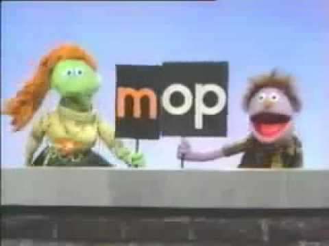 Classic Sesame Street - The OP Family Song