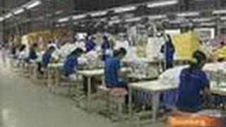 Vietnam's Low Costs Luring Manufacturers Away from China Video