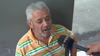 Residentes de una égida comparten cuentos y  anécdotas de pasados huracanes