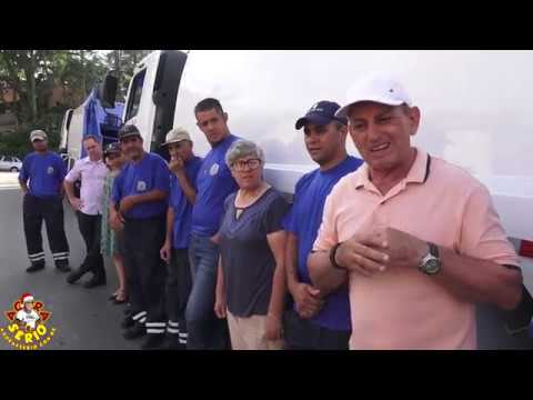 Prefeito Ayres Scorsatto faz a entrega dos Caminhões da Coleta de Lixo e equipamentos para os Coletores