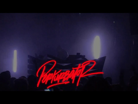 Perturbator  - She Is Young, She Is Beautiful, She Is Next @ Paloma - Nimes