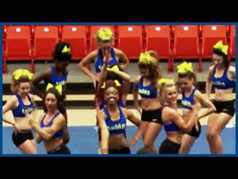 Cheerleaders Season 3 Ep. 16 - Show and Tell