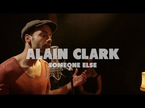 Alain Clark - Someone Else | Live at Music Apartment