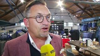 De spelers en technische staf van Vitesse waren maandagmiddag even in Doesburg