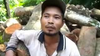 preview picture of video 'warga bapangsari bagelen temukan batu akik seberat 75 kg'