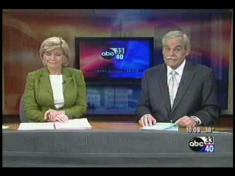 Brenda Ladun looses it on ABC 33/40 News @ 10 - смотреть