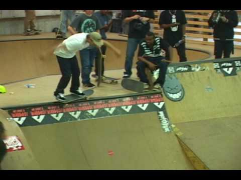 DC demo at new gen skate park