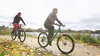 Видео: Отличительные черты женского велосипеда