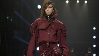 Versus | Fall Winter 2017/2018 Full Fashion Show | Exclusive