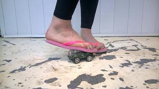 1c3fc5444 pink flip flops to crush toy car