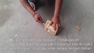 Video Tiki JNE Sudah Pasti Kaya Raya, Saya Ga Dapet Uang...barang Saya Hancur...