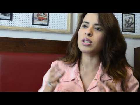 """Entrevista con Karen Luna presentando """"Indestructible"""""""