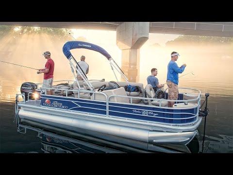 Sun Tracker Fishin' Barge 22 XP3 video