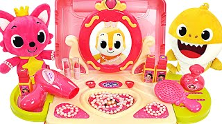 Play Makeup beautifully with Pinkfong, Baby Shark !   PinkyPopTOY