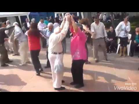 סבא'לה קורע את רחבת הריקודים