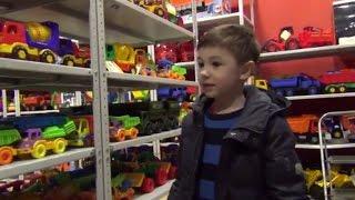 Магазин игрушек. Обзор игрушек. Toy store