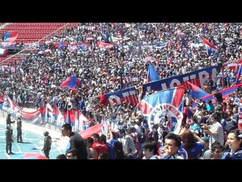 """""""Banderazo U de Chile Los de Abajo / Previo Super Clásico / Clausura 2011"""" Barra: Los de Abajo • Club: Universidad de Chile - La U"""