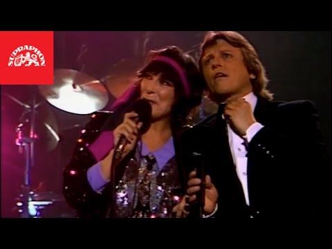 Václav Neckář & Hana Hegerová - Levandulová (oficiální video)