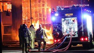 Grote brand in bedrijfspand Zwarteweg Aalsmeer