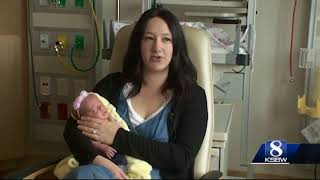 Miracle baby born weighing 1 pound