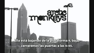 Choo Choo - Arctic Monkeys (Subtitulado en español)