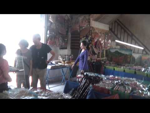 Video 파투싸이 기념품점 souvenir shop @ Patuxai, Vientiane, Laos