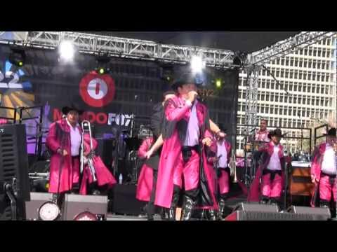 Banda Machos al gato y al raton Fiesta Broadway LA 2012