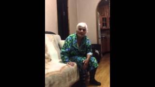 Прикол.Бабушка исполняет