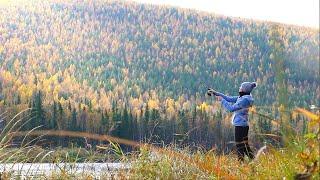 В ТАЙГУ НА НЕДЕЛЮ (день 3). Рыбалка на таёжной реке в Сибири. Идём дальше на север. Ночёвка в избе.