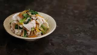 宝塚受験生の代謝アップ・脂肪燃焼レシピ〜きんぴらが余ったときの小松菜と豚肉の炒め物〜のサムネイル