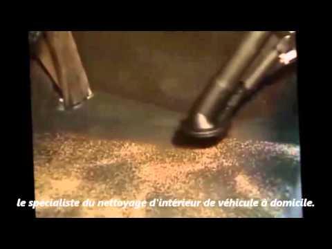 comment nettoyer vomi dans voiture