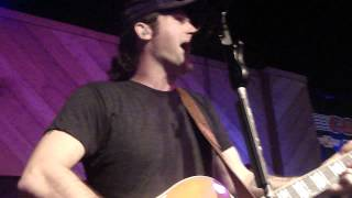 "Josh Thompson ""Hillbilly Limo"""