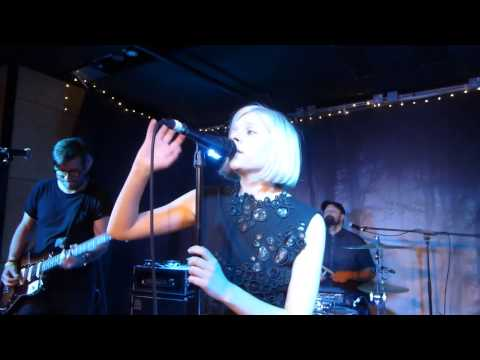 Aurora - Under The Water (HD) - Miranda, Ace Hotel - 11.06.15