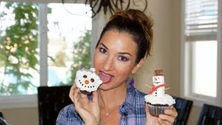 How To Make Snowman Cupcakes!! Easy Tutorial On Cute Holiday Cupcakes!